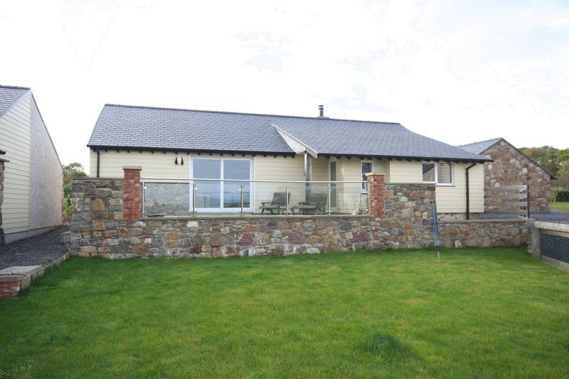 Dulas, Anglesey, LL70