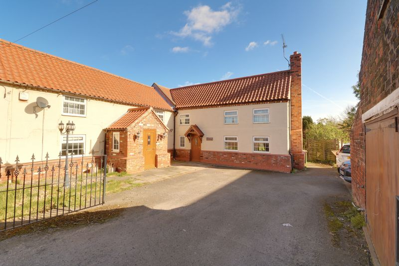 4 Bedrooms Cottage House for sale in High Street, Belton