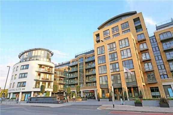 2 Bedrooms Flat for sale in Kew Bridge, London