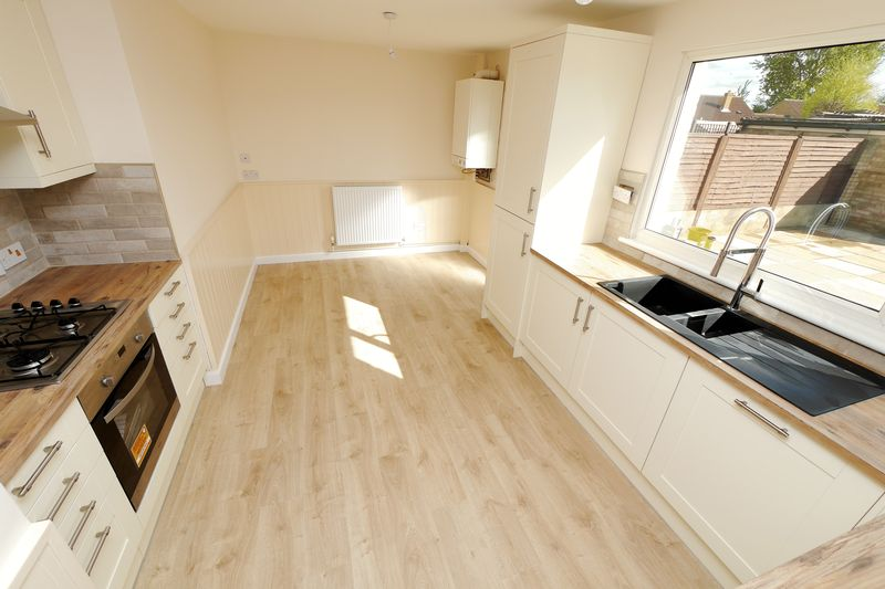3 Bedrooms House for sale in WEY ROAD