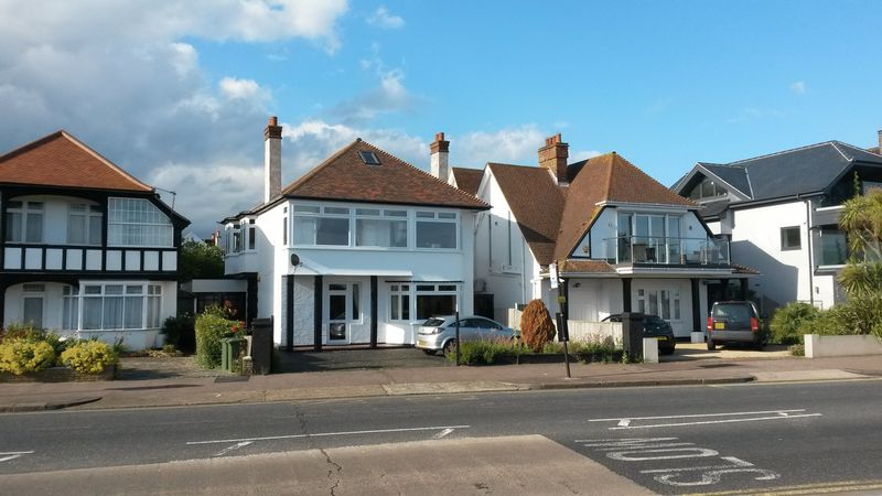 4 Bedrooms Property for sale in Chalkwell Esplanade, Westcliff-On-Sea