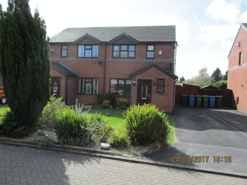 2 Bedrooms Property for sale in Billington Close, Warrington