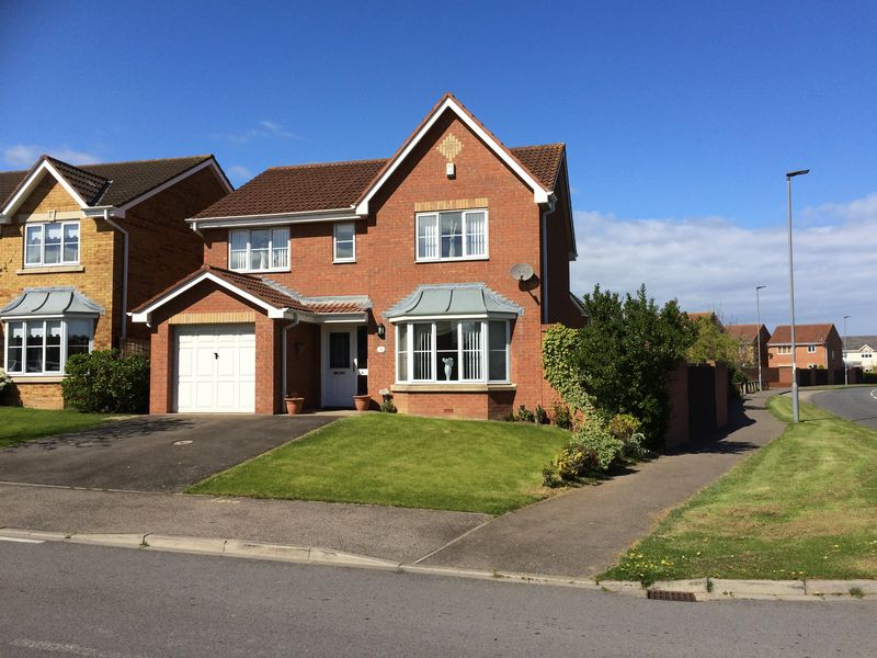 4 Bedrooms Detached House for sale in Harvester Close, Hartlepool