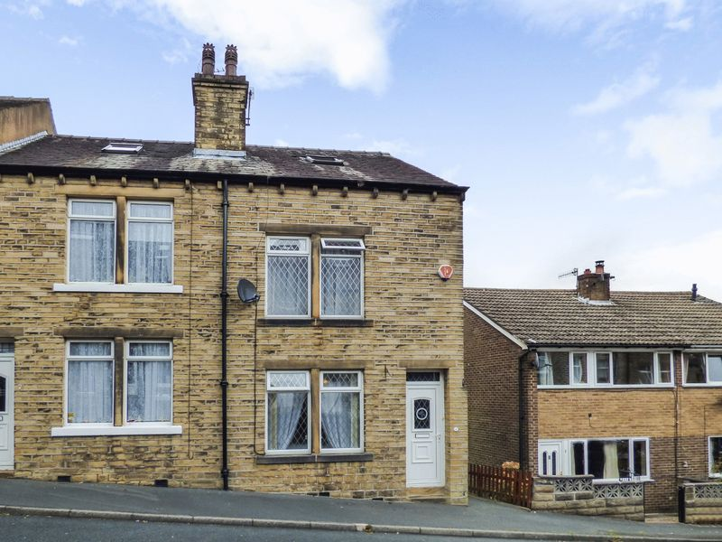 3 Bedrooms Terraced House for sale in North Street, Halifax