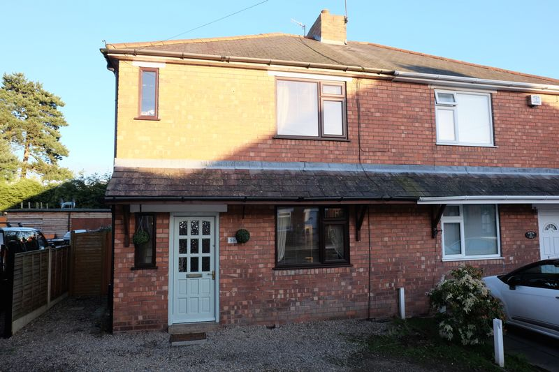 2 Bedrooms Semi Detached House for sale in Brindley Street, Stourport-On-Severn DY13 8JW