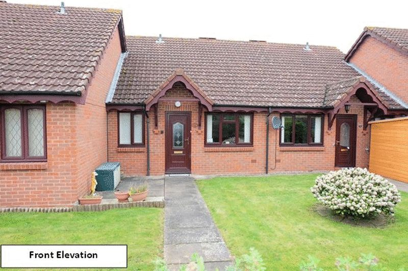 2 Bedrooms Bungalow for sale in Saxilby Place, Stourport-On-Severn DY13 9DF