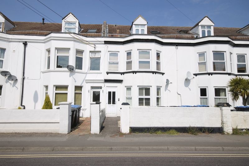 1 Bedroom Flat for sale in Royal George Road, Burgess Hill, West Sussex