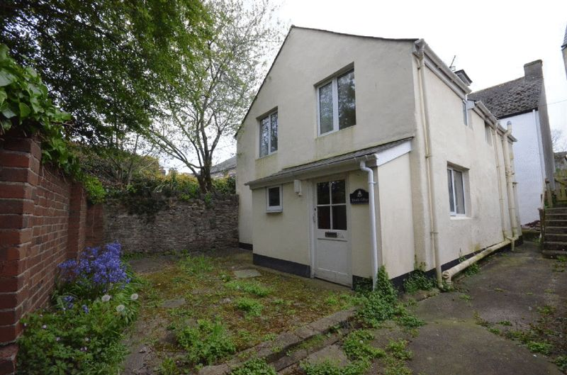 3 Bedrooms House for sale in THIMBLE COTTAGE, DREW STREET, BRIXHAM
