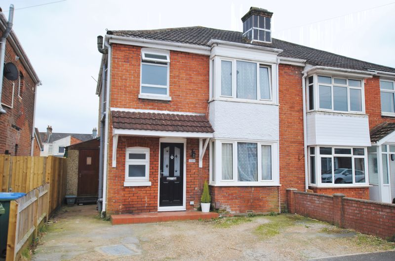 3 Bedrooms Semi Detached House for sale in Manor Road North, Itchen