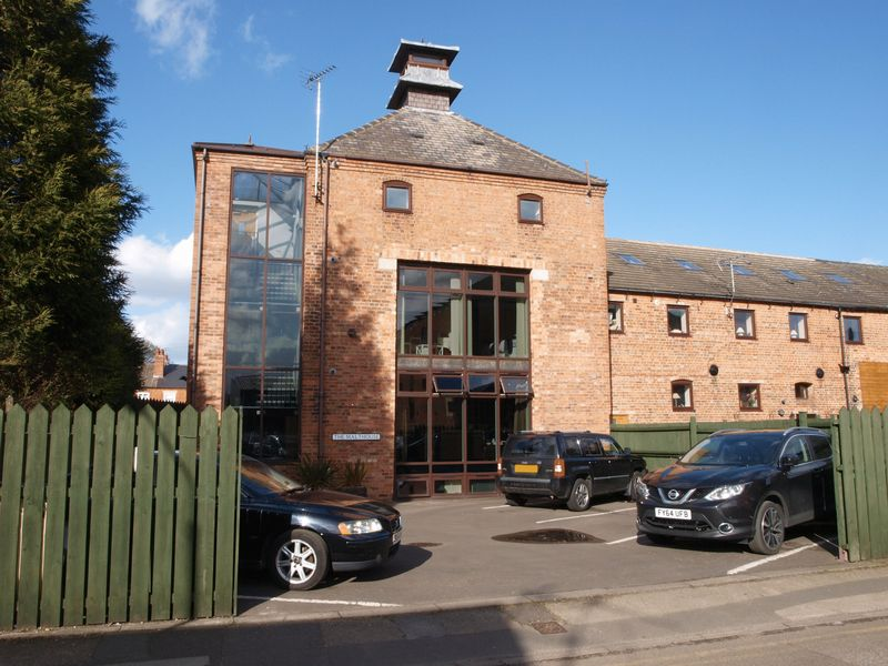 The Malthouse, George Street, Newark, NG...