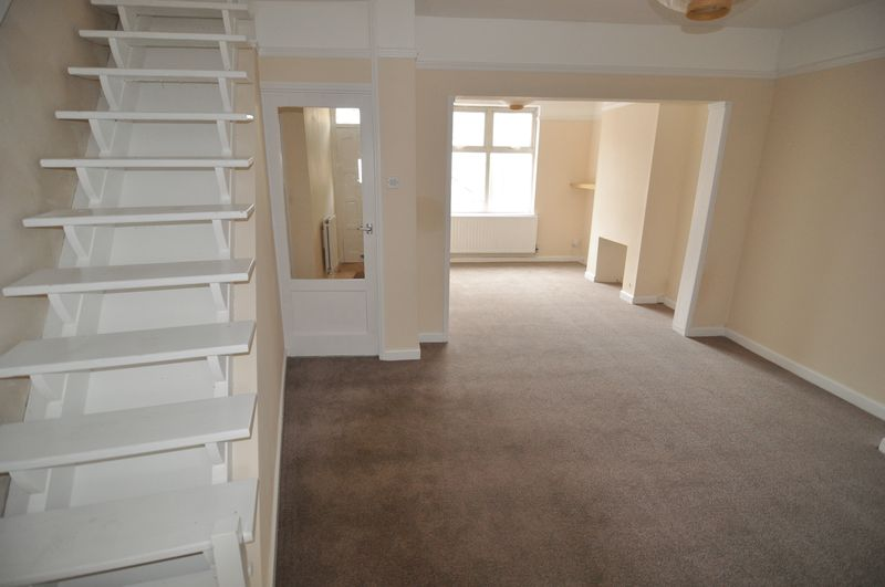2 Bedrooms Terraced House for sale in Ashton Gate, Bristol