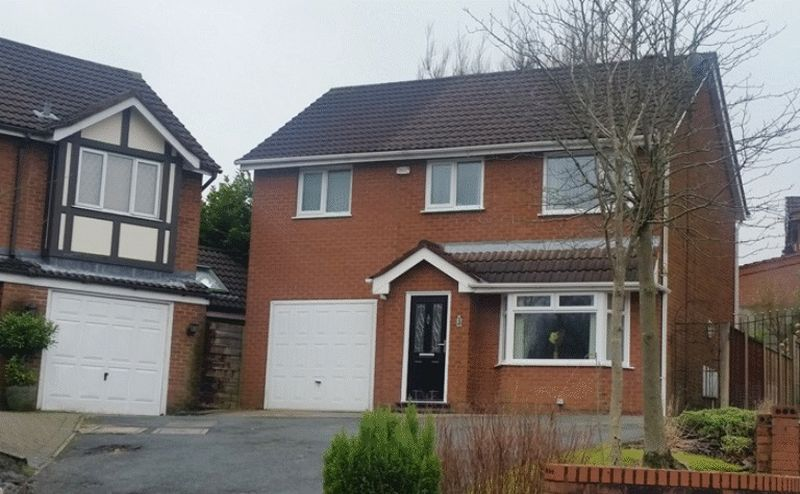 3 Bedrooms Detached House for sale in Cyprus Close, Oldham