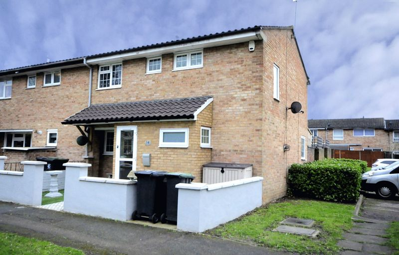 3 Bedrooms House for sale in Stanway Road, Waltham Abbey