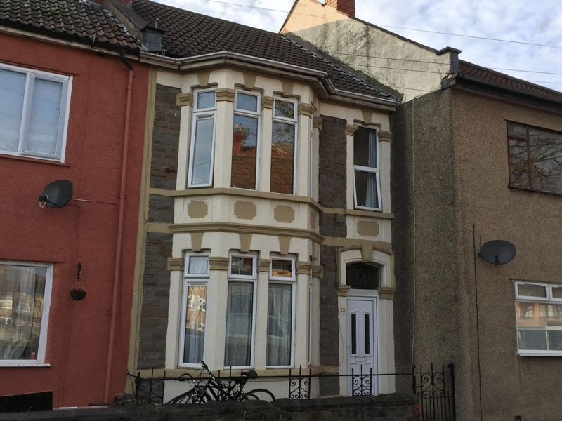 3 Bedrooms Terraced House for sale in Avonvale Road, Redfield, Bristol