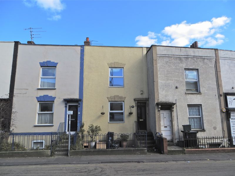 2 Bedrooms Terraced House for sale in Stapleton Road, Bristol