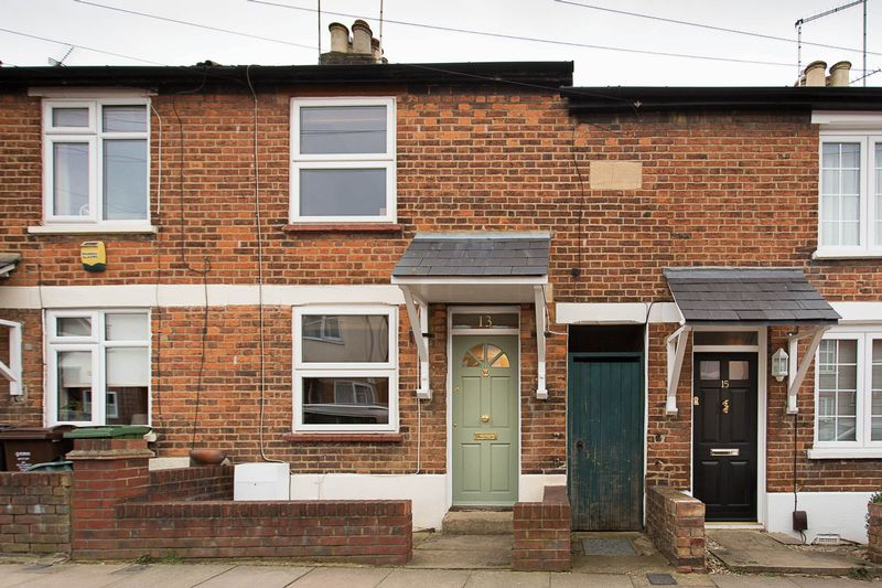 2 Bedrooms Terraced House for sale in Boundary Road, St Albans