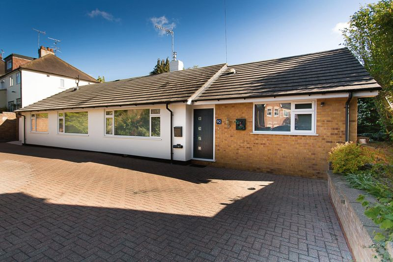 3 Bedrooms Detached Bungalow for sale in Grange Street, St. Albans