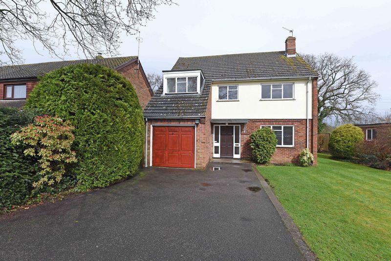 3 Bedrooms Detached House for sale in Northfield Road, Sherfield On Loddon