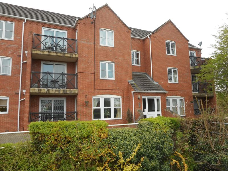 1 Bedroom Flat for sale in Penny Hapenny Court, Atherstone