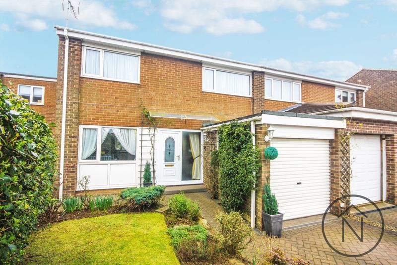 3 Bedrooms Semi Detached House for sale in Colsterdale Close, Billingham