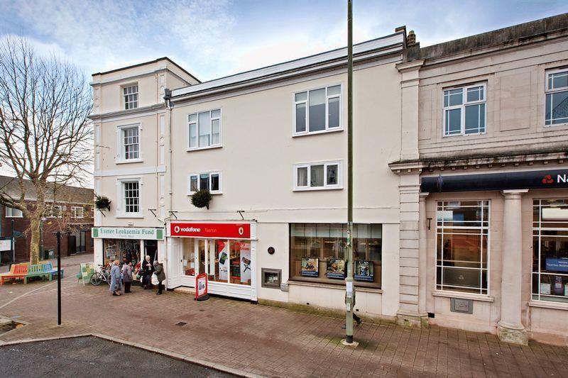 Fore Street , Tiverton, EX16