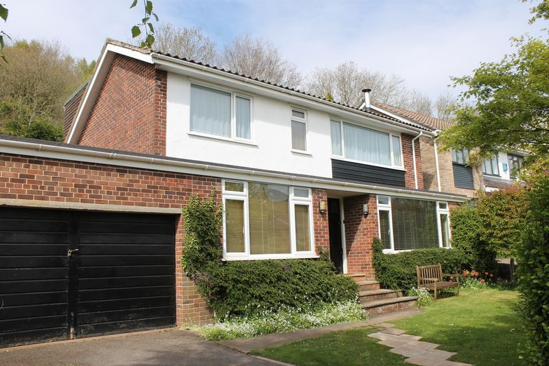 4 Bedrooms Detached House for sale in Heath Ridge, Long Ashton
