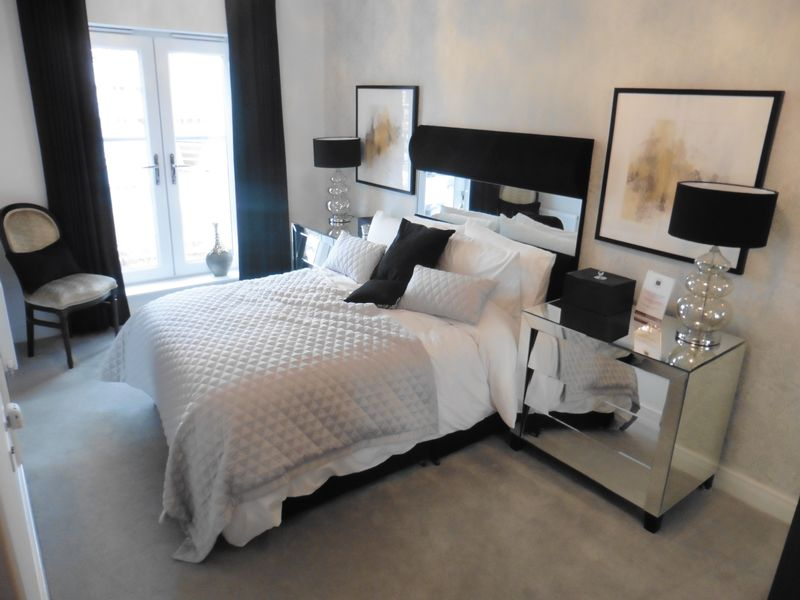 4 Bedrooms House for sale in New Home in Dunstable Town Centre