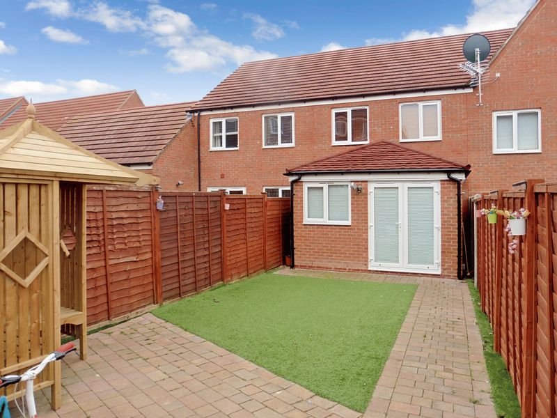 3 Bedrooms Terraced House for sale in Tilia Park