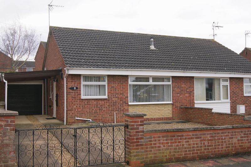 2 Bedrooms Semi Detached Bungalow for sale in Seventh Avenue, Grantham
