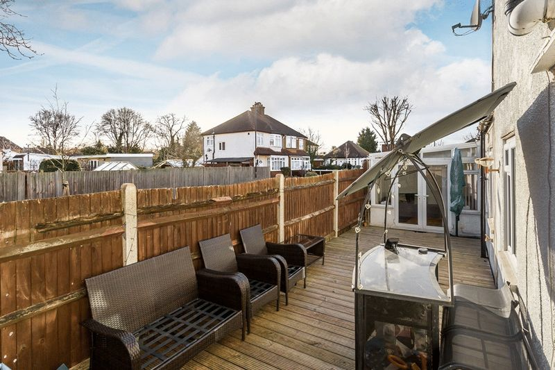 2 Bedrooms Flat for sale in Bywood Avenue, Shirley, CROYDON