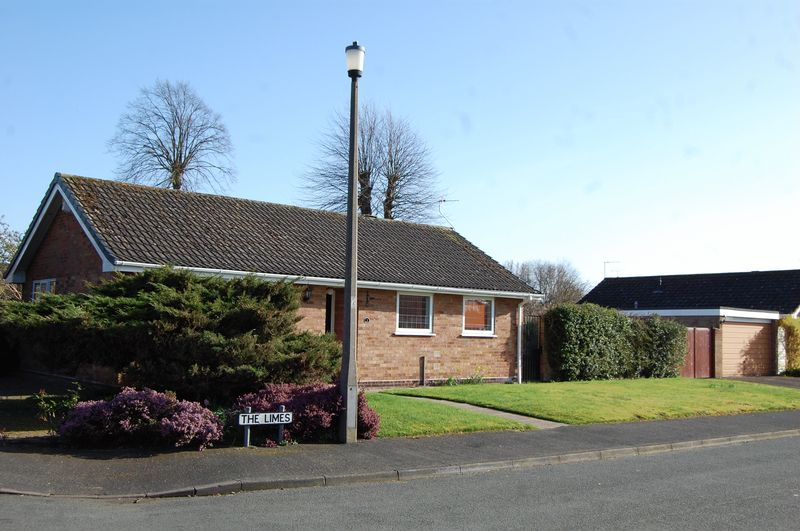 2 Bedrooms Detached Bungalow for sale in The Limes, Albrighton Wolverhampton