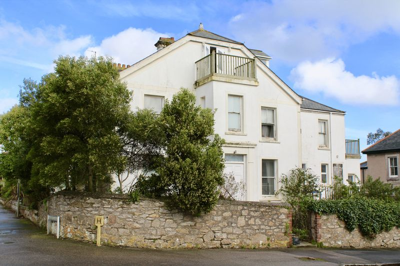 4 Bedrooms Terraced House for sale in Albany Road, Falmouth