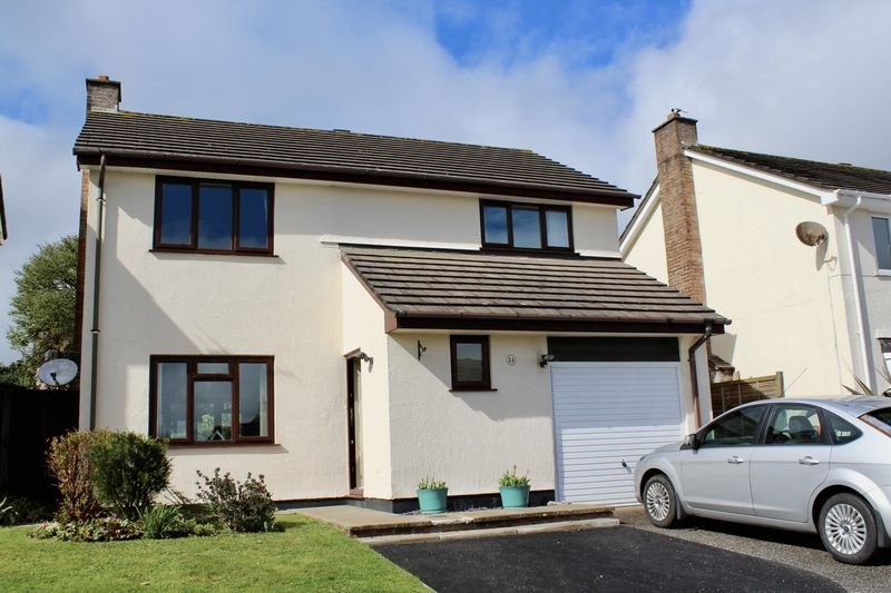 4 Bedrooms Detached House for sale in Boscundle Avenue, Falmouth
