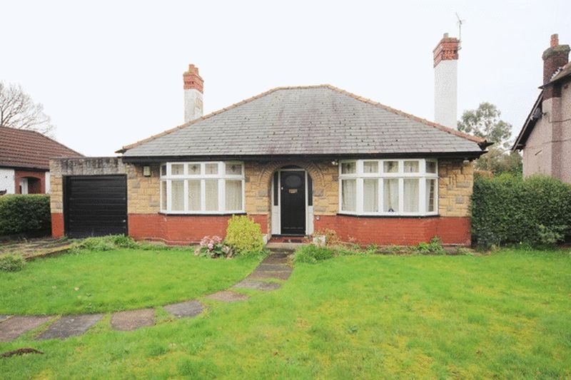 2 Bedrooms Detached Bungalow for sale in Hale Road, Hale Village, Liverpool, L24