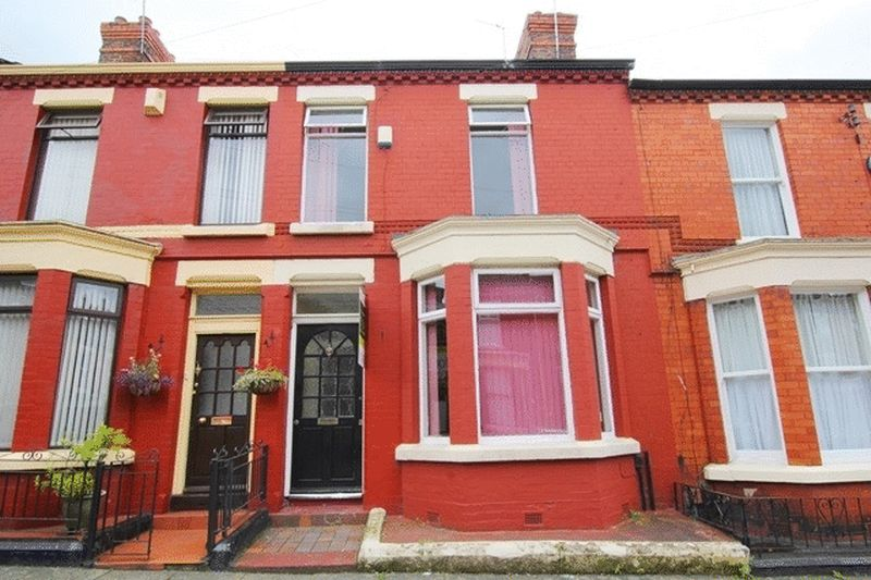 4 Bedrooms Terraced House for sale in Hollybank Road, Mossley Hill, Liverpool, L18