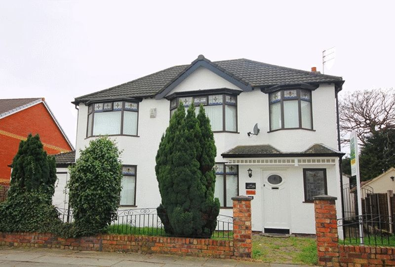 4 Bedrooms Detached House for sale in Larkfield Road, Aigburth, Liverpool, L17
