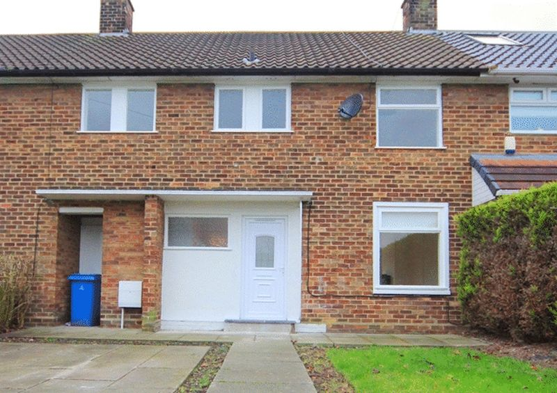 3 Bedrooms Terraced House for sale in Haxted Gardens, Garston, Liverpool, L19