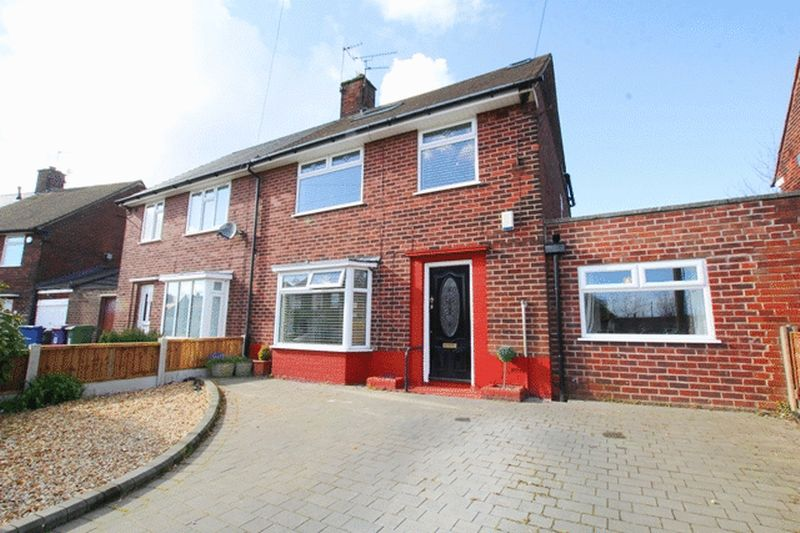 4 Bedrooms Semi Detached House for sale in Thornton Road, Childwall, Liverpool, L16