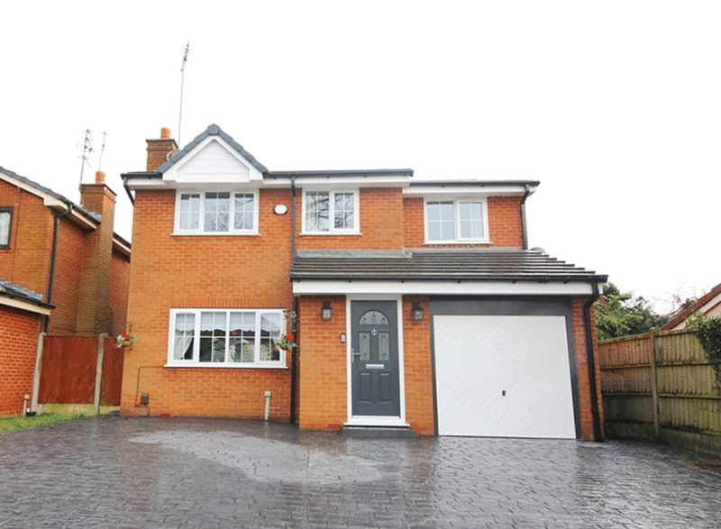 4 Bedrooms Detached House for sale in Hornby Lane, Calderstones, Liverpool, L18