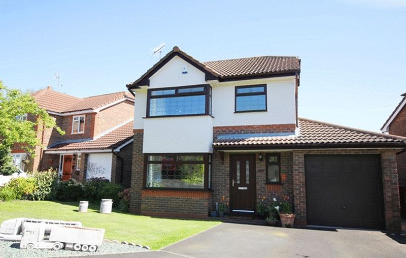 3 Bedrooms Detached House for sale in Penhale Close, Aigburth, Liverpool, L17