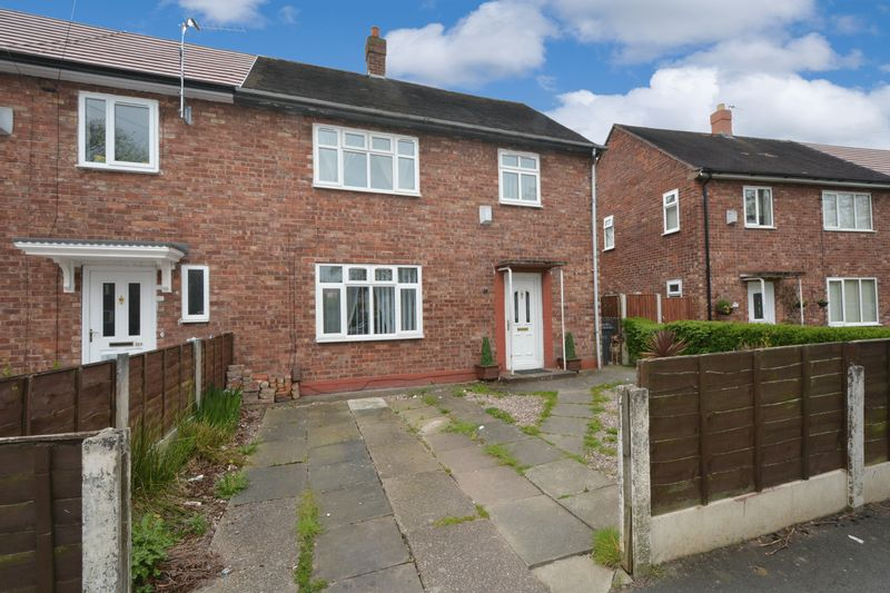 3 Bedrooms Terraced House for sale in Portway, Woodhouse Park, Manchester