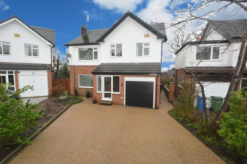 4 Bedrooms Detached House for sale in Cringle Drive, Cheadle