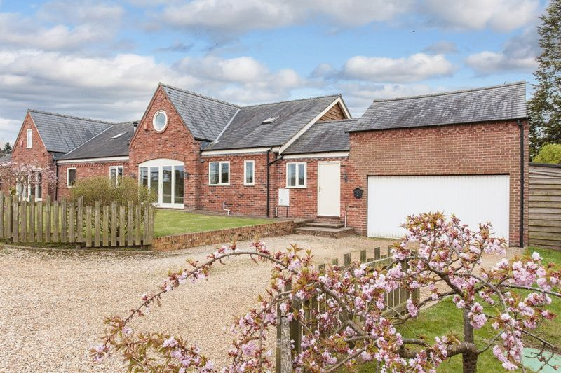 5 Bedrooms Property for sale in Beeston House, Hatherton, Nr Nantwich