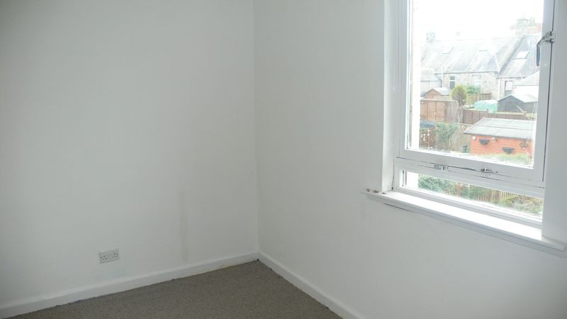 Kelso Place, Kirkcaldy....Popular Area A...