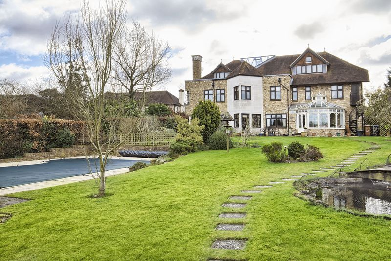 Property for sale in Cuffley, Hertfordshire