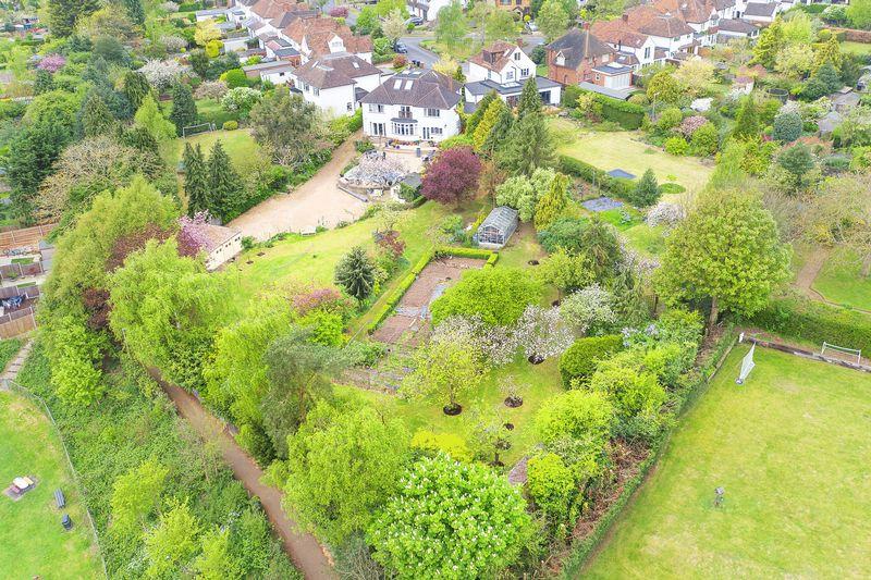 6 Bedrooms Detached House for sale in Hertford, Herts