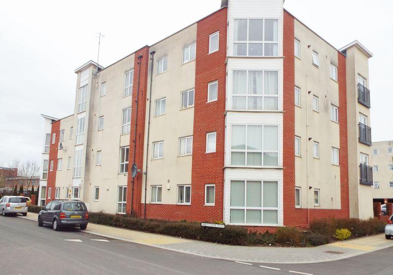 2 Bedrooms Flat for sale in Ambassador Road, Hanley, Stoke-On-Trent