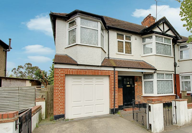 5 Bedrooms Terraced House for sale in Sudbury Heights Avenue, Greenford