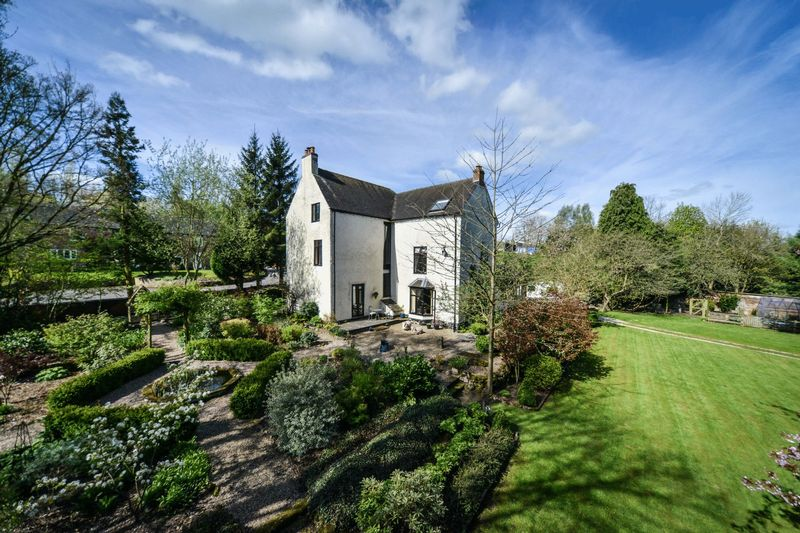 6 Bedrooms Detached House for sale in Clifton, Ashbourne
