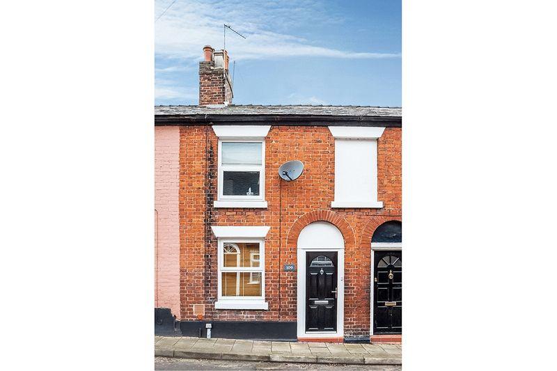 2 Bedrooms Terraced House for sale in Astbury Street, Congleton